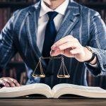 交通事故の賠償問題、弁護士に依頼するメリットとデメリット、あるいは注意点の話