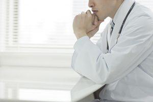 医者が書きたくない(書いてくれない)後遺障害診断書〜ムチ打ちはご注意を!