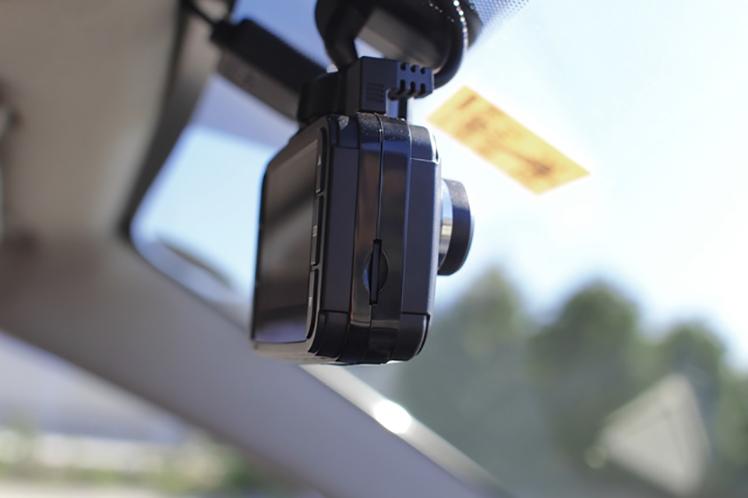 全車にドライブレコーダー義務化の時代は来るのか?〜ドライブレコーダー設置で事故が減る理由