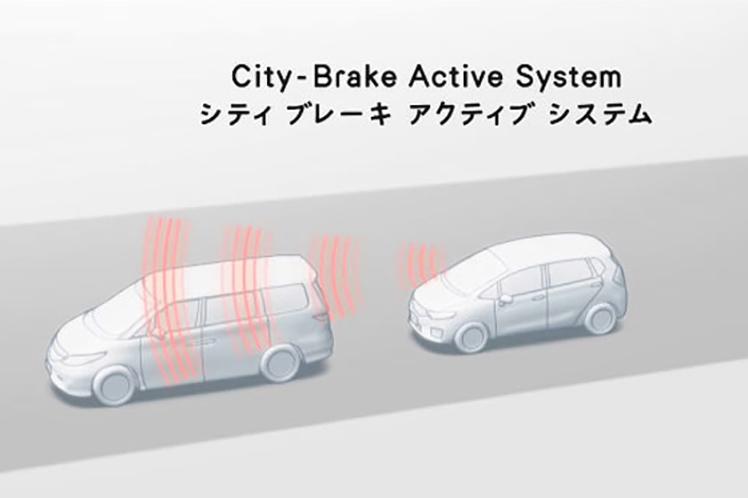 安全運転支援システム(DSSS)プリクラッシュブレーキシステムの普及